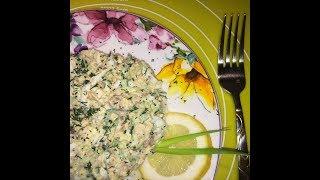салат из консервированного тунца. салат из консервы. салат