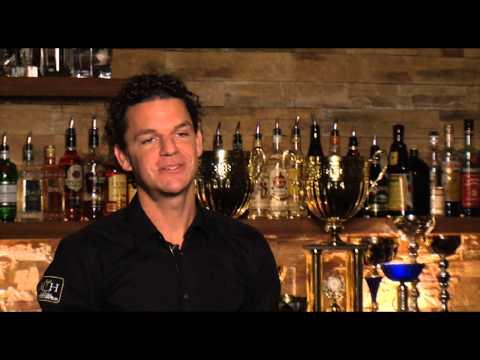 Mario Hofferer, Custo Club & Cocktail World Champion Catering zum Thema Lehre