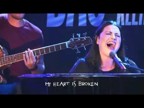 Evanescence- My Heart is Broken - Acoustic Live in Germany (lyrics)