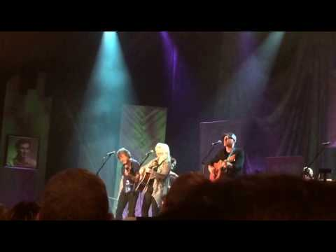 Emmylou Harris & the Nash Ramblers