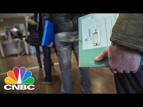 April Jobs Up 211,000, Unemployment 4.4% | CNBC