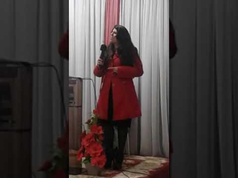 Cantora Amanda Pereira  e pregando Jonathan se moura