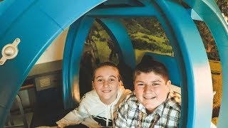 Jurassic World Kids Suite Room Tour at Royal Pacific Resort