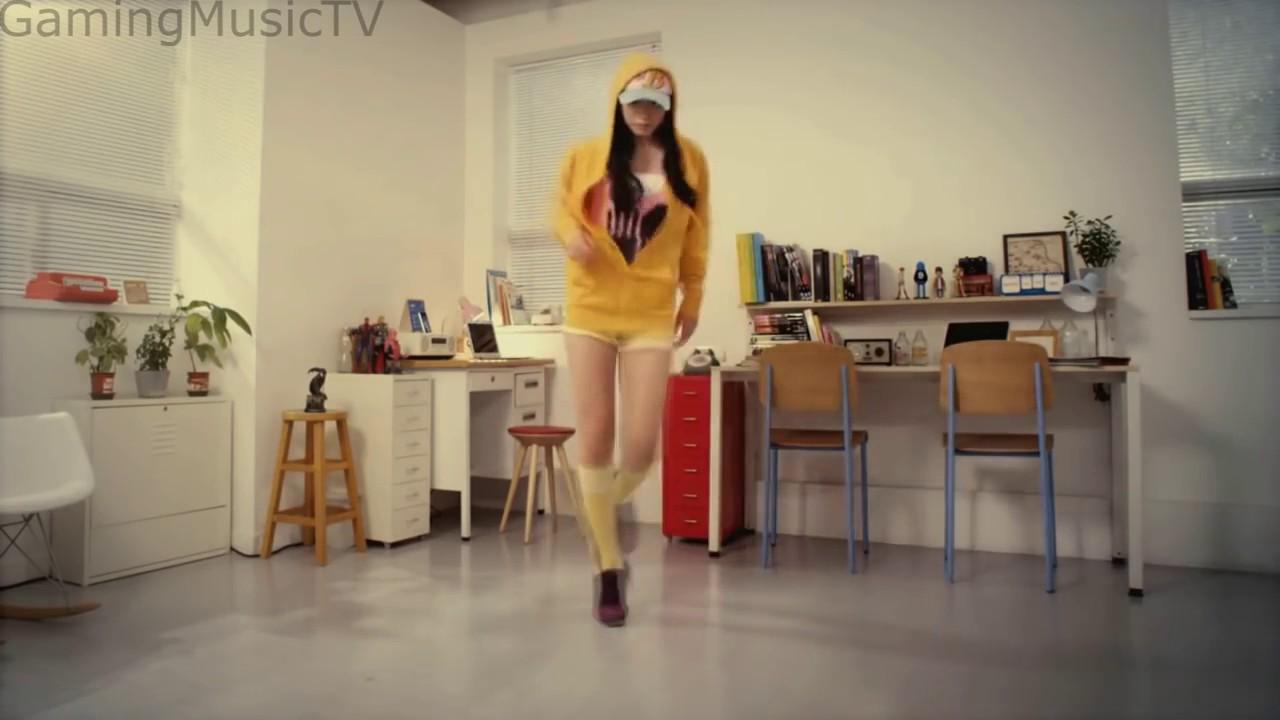 Asian pokemon girl shuffle dancing so sexy
