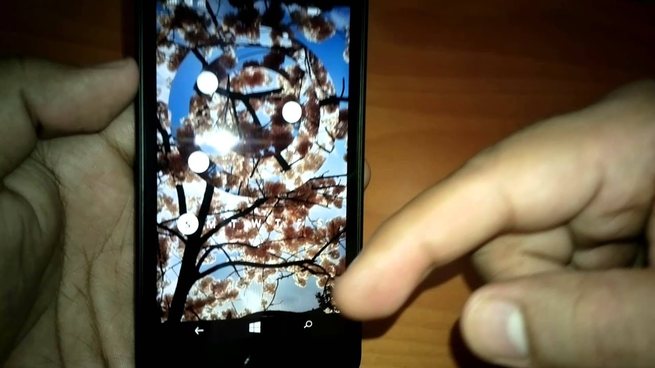 6 июн 2014. Обзор wp-смартфона nokia lumia 630/630 dual sim (rm-976/rm-978). Относится к более дешевым устройствам, это, пожалуй, очевидно – за 8 000 рублей можно купить аппараты как с таким, так и с большим разрешением – 1280х720 точек. Экран прикрыт стеклом gorilla glass 3.