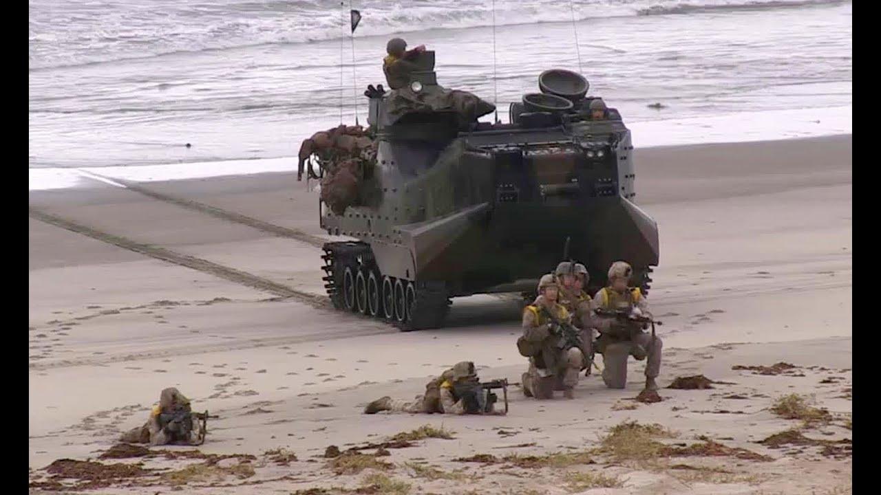 U.S. Marine Beach Assault - YouTube
