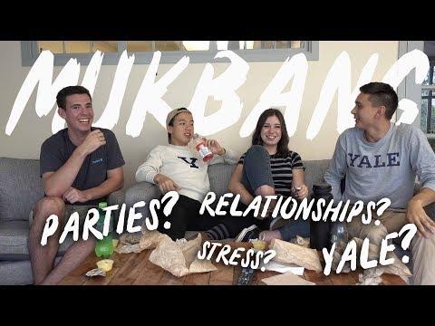 YALE STUDENT MUKBANG // COLLEGE Q&A