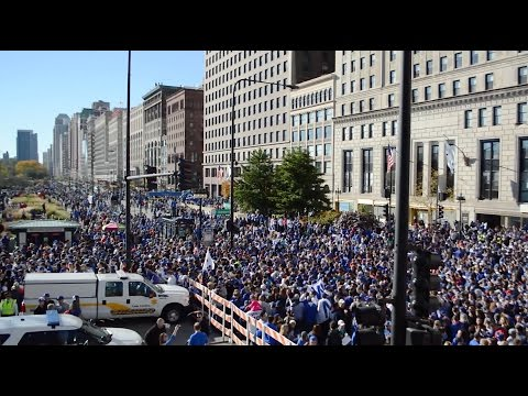 Chicago celebrates the Cubs World Series Victory with parade