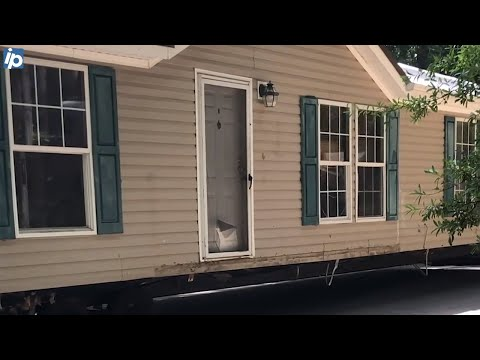 Residents Move Mobile Homes After Hilton Head Trailer Park Land Is Sold To Developers