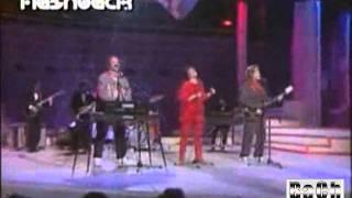 *ME ENAMORO DE TI* - RICCHI E POVERI - 1982  (REMASTERIZADO)