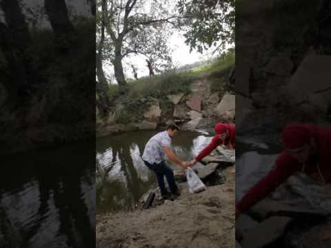 Drunk isu people trying cross creek