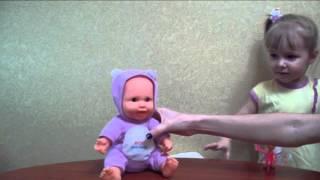 Обзор интерактивной куклы - пупса -  Review of interactive doll, laughs, dances, sings ditties