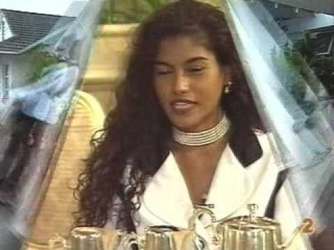 Relinquishing Miss SA 1997 Crown from YouTube · Duration:  2 minutes 23 seconds