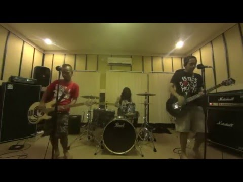 #IDUMBS - Terlatih Patah Hati - The Rain FT Endank Soekamti Cover By The Dumbest Rockstar