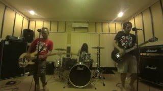 #IDUMBS - Terlatih Patah Hati - The Rain FT Endank Soekamti cover by The Dumbest Rockstar
