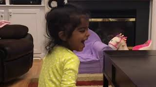 Zingaat dhadak so funny baby cant stop laughing