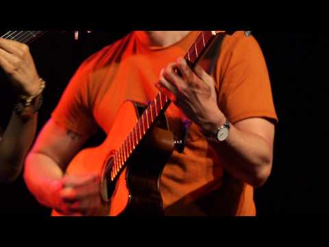 Rodrigo y Gabriela - The Soundmaker (Live on KEXP)