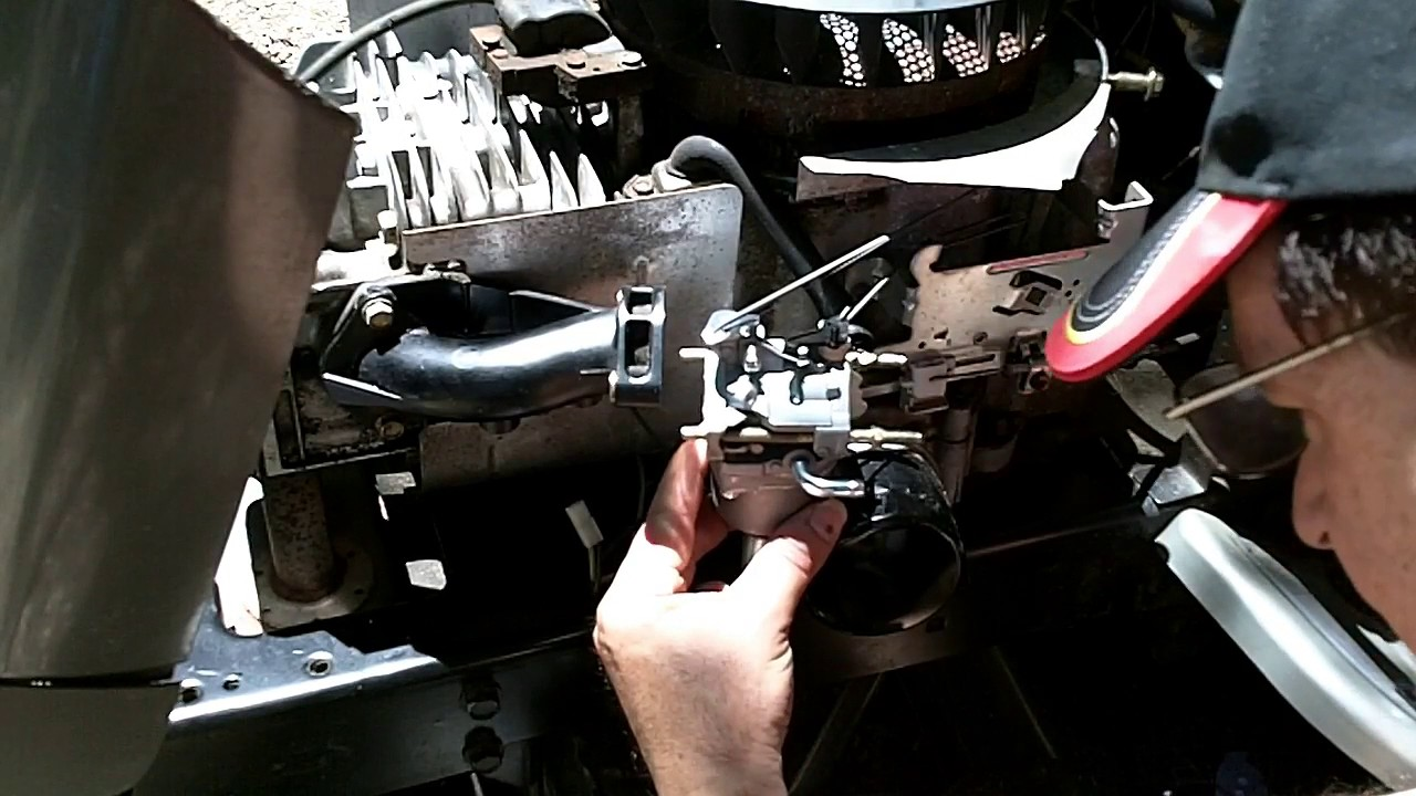 Craftsman Lt1000 Riding Mower >> How to Replace the Carburetor on a Briggs & Stratton Intek Engine Craftsman LT1000 - YouTube