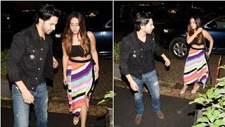 Varun Dhawan | Natasha Dalal |  Varun Dhawan flies with Natasha Dalal for a romantic vacation|Photos