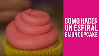 como hacer un espiral en un cupcake