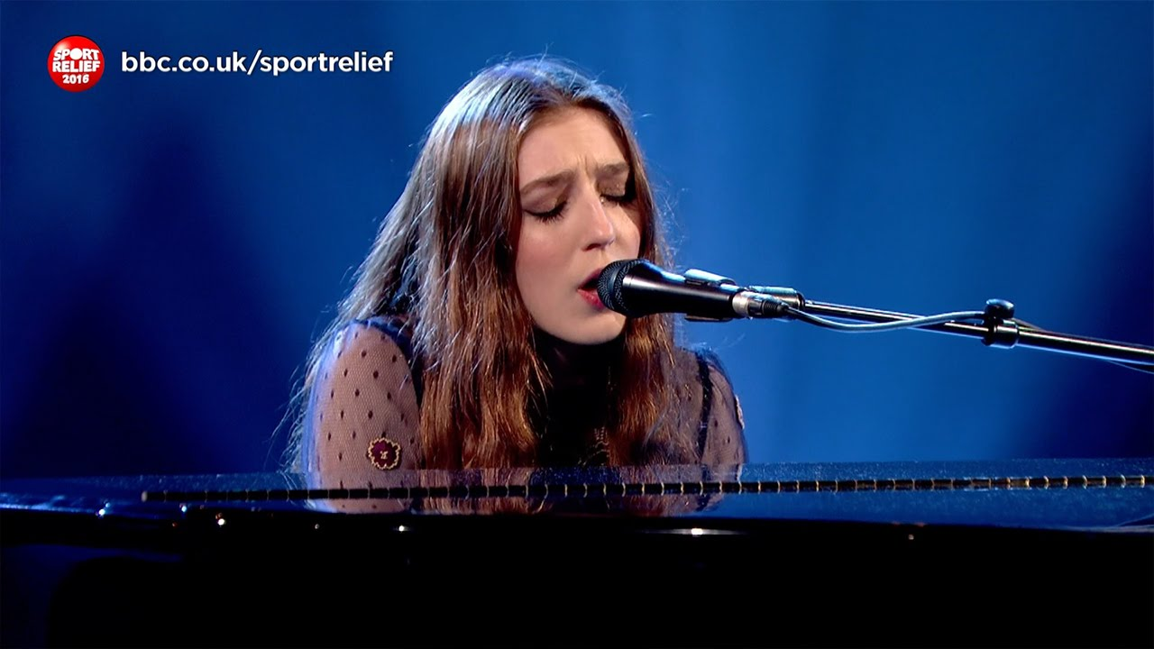 Birdy performs 'Wings' - Sport Relief 2016 - BBC