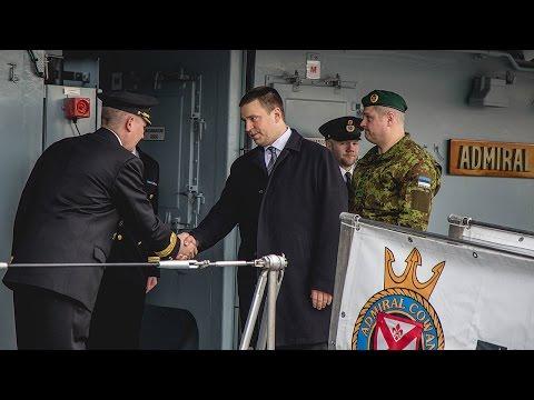 Peaminister Jüri Ratas külastas mereväebaasi