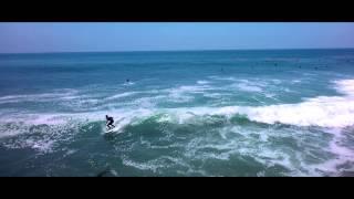 Hangtime Aerial - Surfing Malibu Pier - Surfer