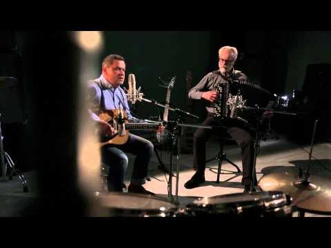 Песня Вечный огонь (из кинофильма Офицеры) - Хор Ветеран (Заречный) скачать mp3 и слушать онлайн