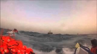 خفر السواحل الإيطالي ينقذ 740 مهاجرا