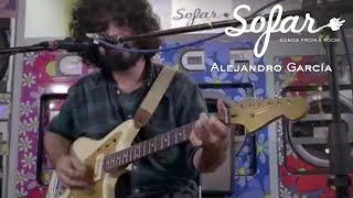 Alejandro García - All Apologies (Nirvana Cover)   Sofar Seville