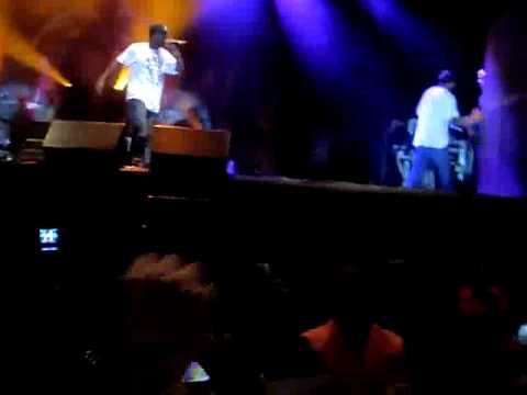 50 Cent Live in Rio  Ronaldinho Gaucho no palco com  50 Cent(DJ Fernando).mp4