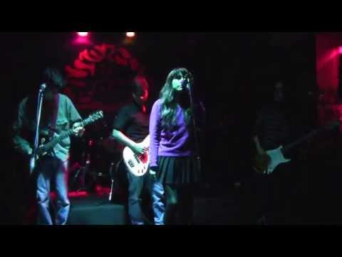 Garb Up - Stupid Girl (Garbage Tribute / Cover) @DeGrot Bar, Lima-Peru