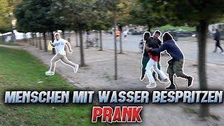 Menschen mit Wasser bespritzen PRANK! l Yavi TV