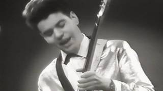 Download The Jokers  - Lucille - guitar instrumental rock 'n roll original official music video oldies