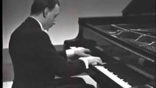 Michelangeli plays Debussy Images 2/3 - Poissons d