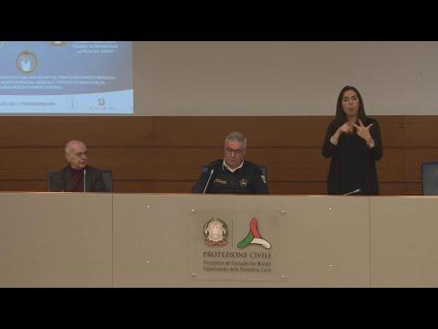 Coronavirus, Borrelli (Protezione civile): 'Autocertificazione anche per chi esce a piedi'
