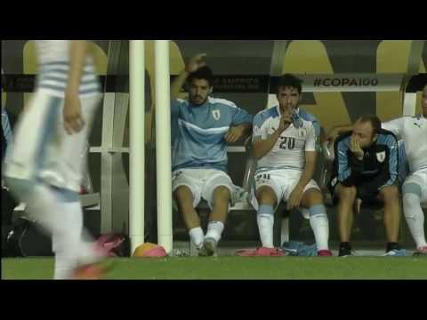 Luis Suarez gets angry at the coaches   Uruguay vs Venezuela 0-1 COPA AMERICA 10/06/2016