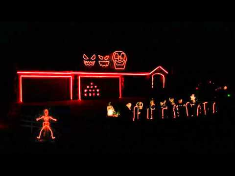 Musical Halloween Light Show to Uma Thurman