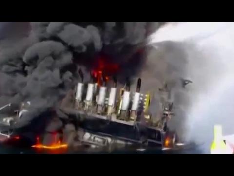 Xem phim Thảm họa giàn khoan - Phóng Sự Quốc Tế: Sự cố giàn khoan nước sâu Horizon