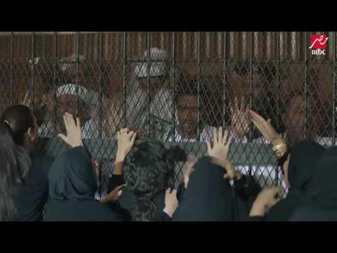 لحظة النطق علي ناصر بالسجن 15 عام وانهيار والدته وزوجته