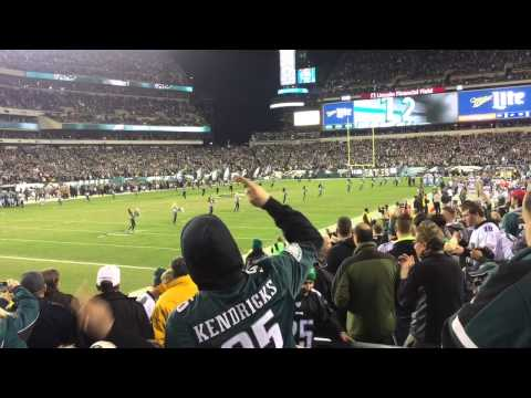 Eagles fight song live at the Linc