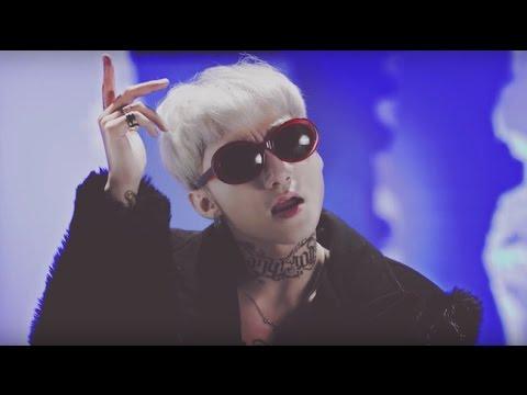 """Vừa ra mắt, ca khúc mới của Sơn Tùng bị tố giống """"We Don't Talk Anymore"""" và """"Fire"""""""