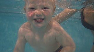 Плавание детей в бассейне Атлантика
