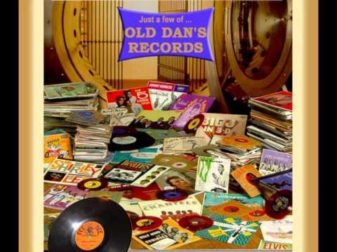GORDON LIGHTFOOT - Old Dan's Records (1972)