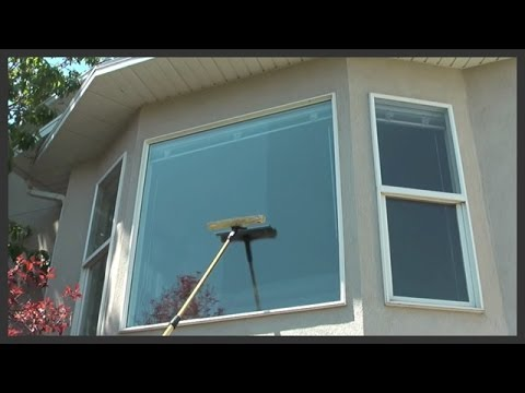 How to clean outside windows on a house - YouTube