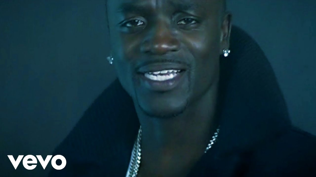 Akon ft. Eminem - Smack That (Official Video)