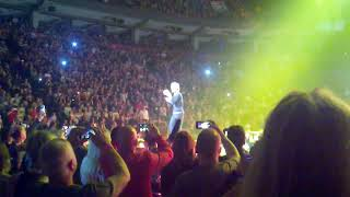 ROLLING STONES LIVE in Toronto 5/25/13-Honky Tonk Woman-Mick Jagger strutting lip of Tongue Pit