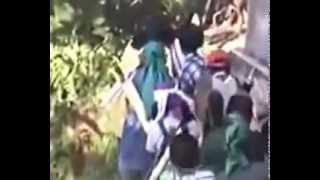 Islam around Indonesia do Jihad - Attack Maluku using Machine gun + Mortar, pt.1of3.flv
