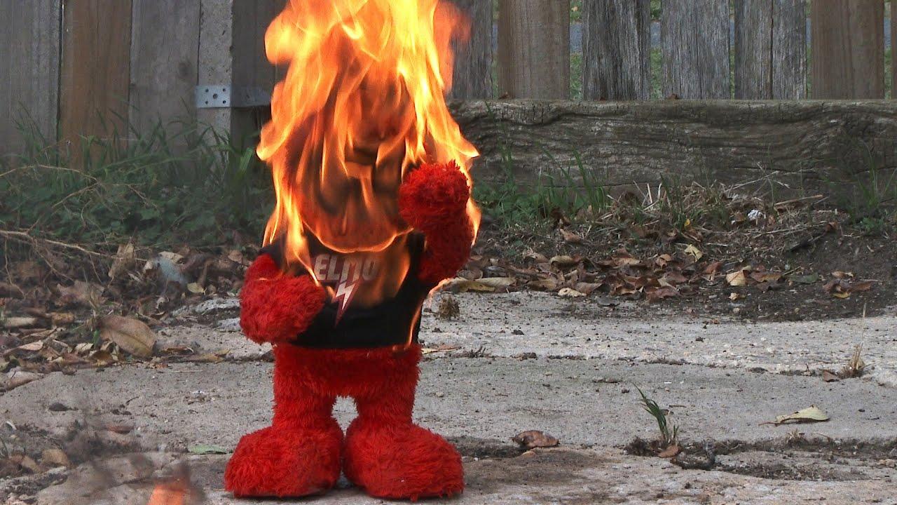Elmo's Fiery Death [NIGHTMARE FUEL] - YouTube   1280 x 720 jpeg 189kB