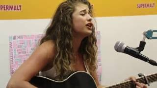 Ashley James w Supermalt: Antigoni performs 'Are You Man Enough'
